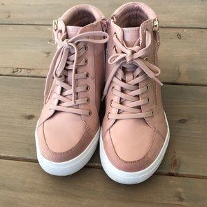 Light pink Aldo sneakers lookalike